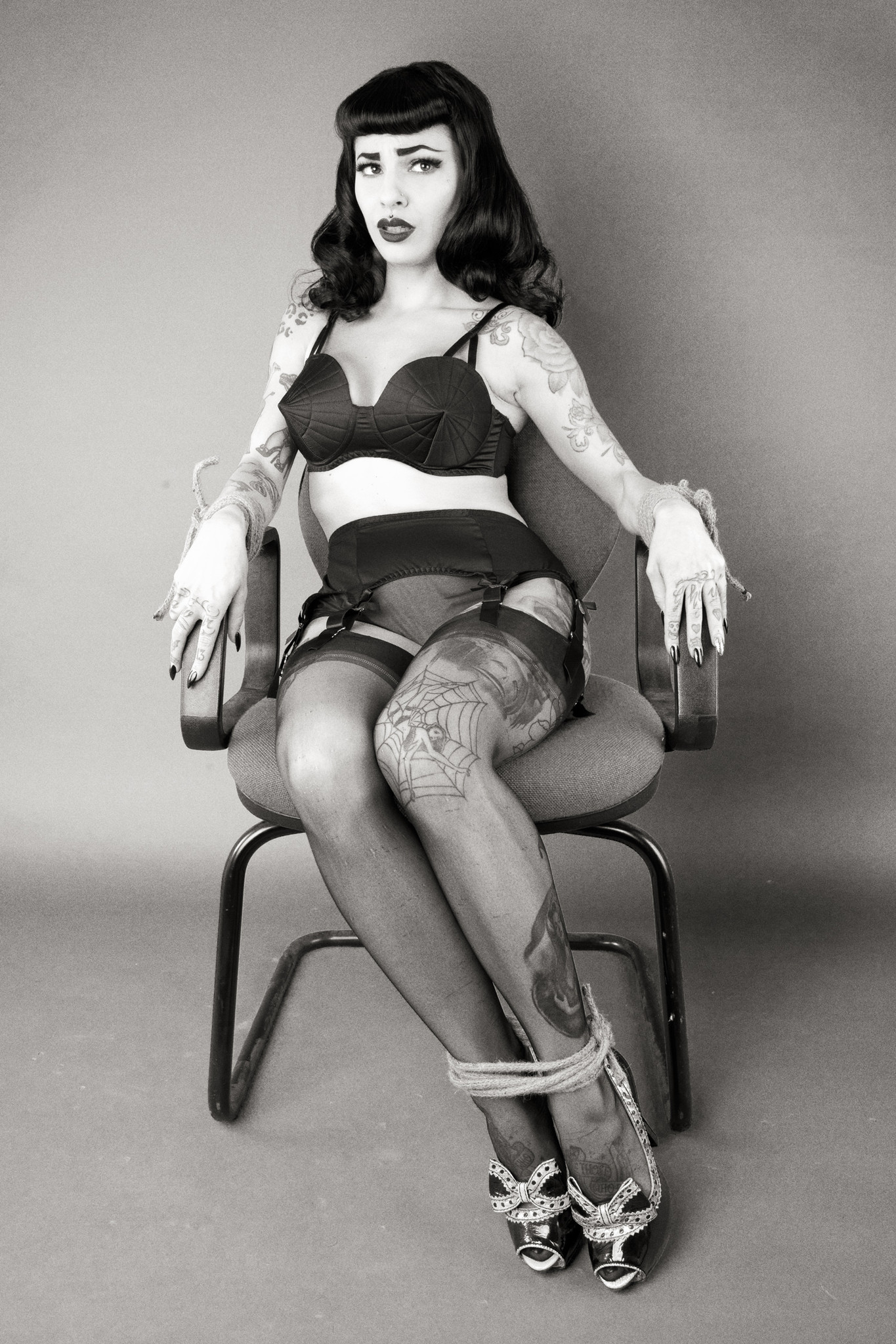 Bettie Page Hd classic 6 strap suspender beltbettie page | bettie page