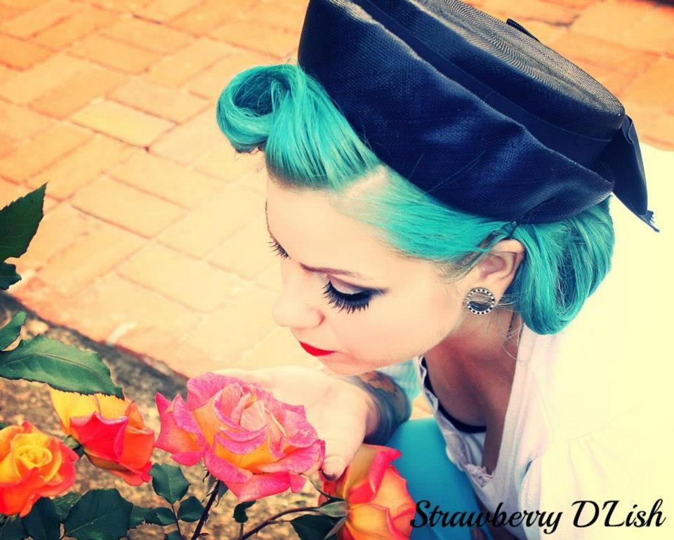 Model: Jessica Nydegger @hippie_rose ~ Hair/Makeup: Angelica Luna, Strawberry D'Lish Pinups